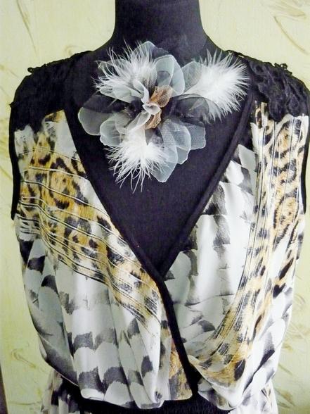Цветок из ткани для волос