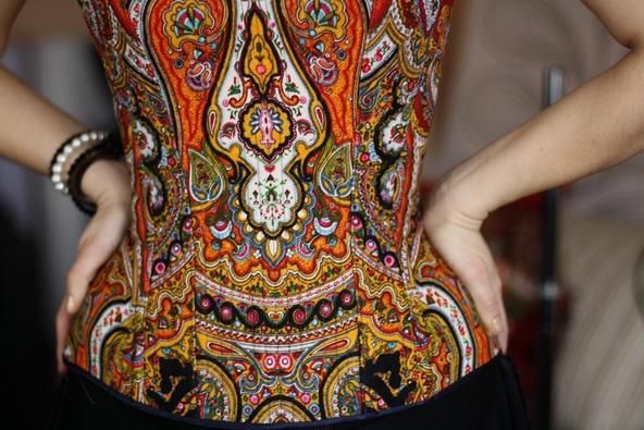 Варианты использования в образе больших платков