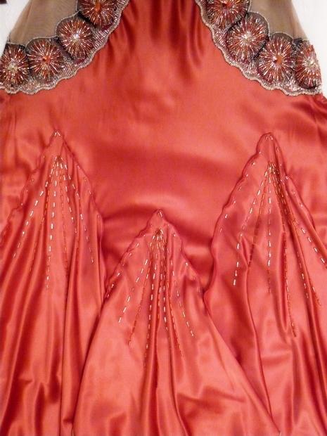 Бисерная вышивка для платья