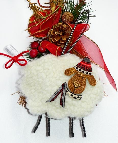 Новогодняя  овечка  предсказательница