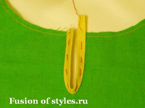 Как обработать круглую горловину с разрезом по переду косой бейкой