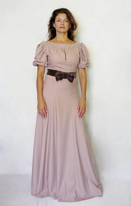 Вечернее платье в пол.