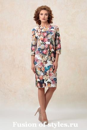 Женское платье прямого силуэта