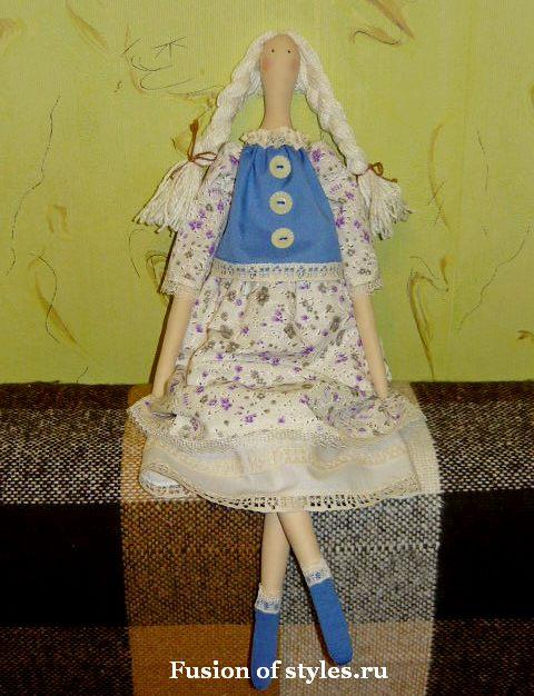 Одежда для куклы тильды