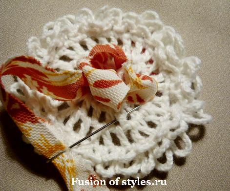 Декоративный цветок своими руками,цветок из ткани, цветок связанный крючком